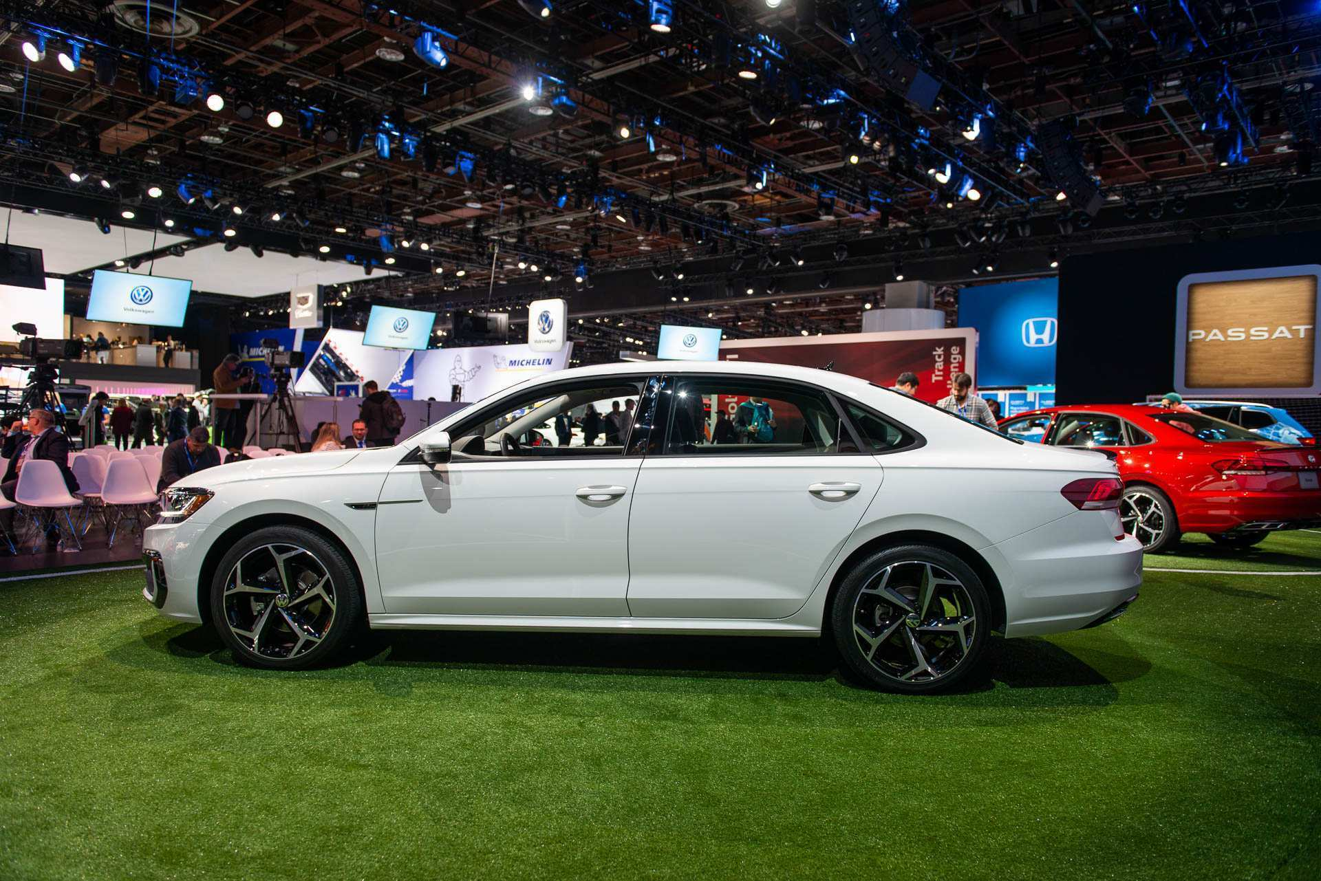 26 A 2020 Vw Passat Ratings