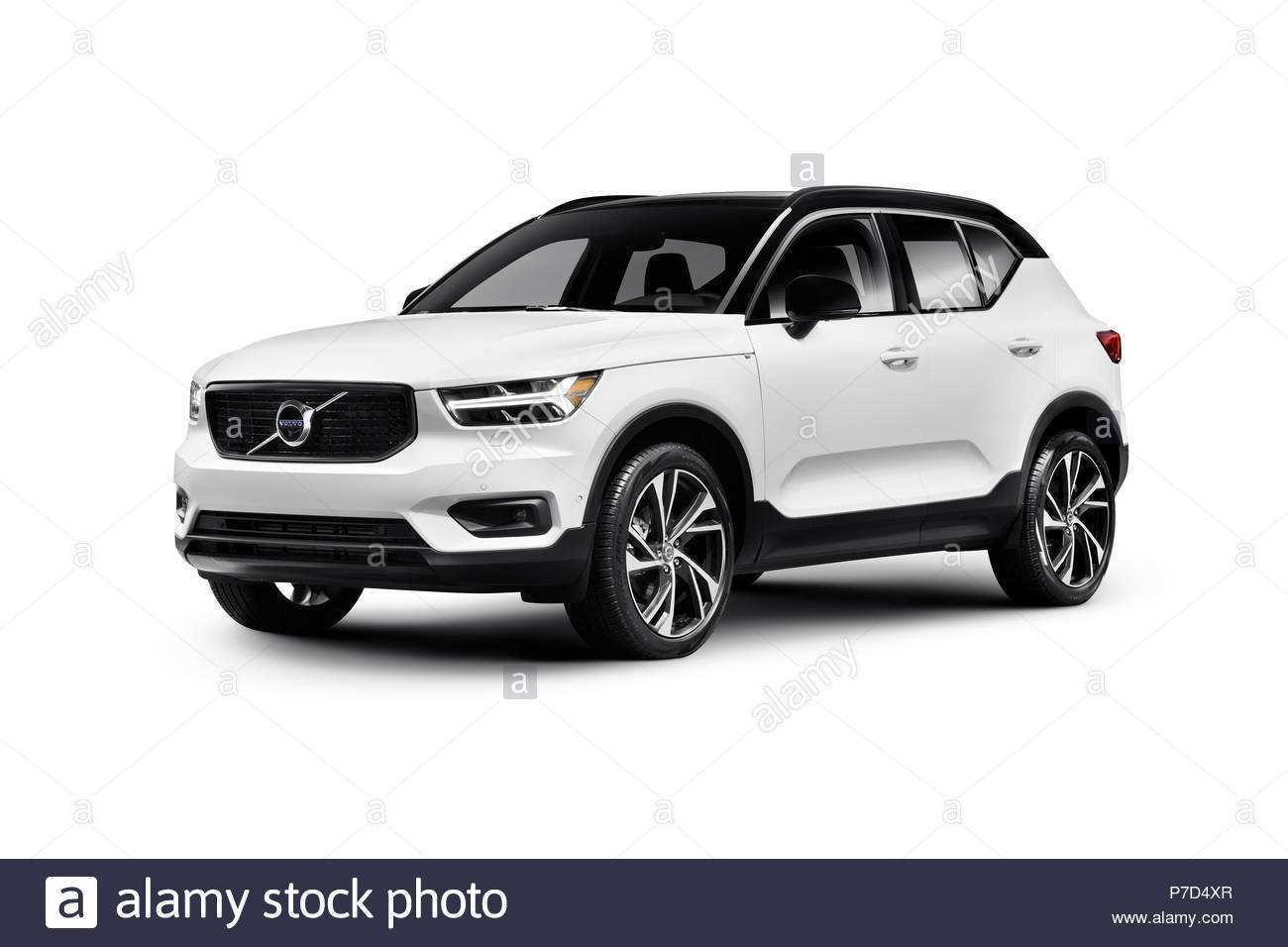 26 New 2019 Volvo Xc40 T5 R Design Ratings