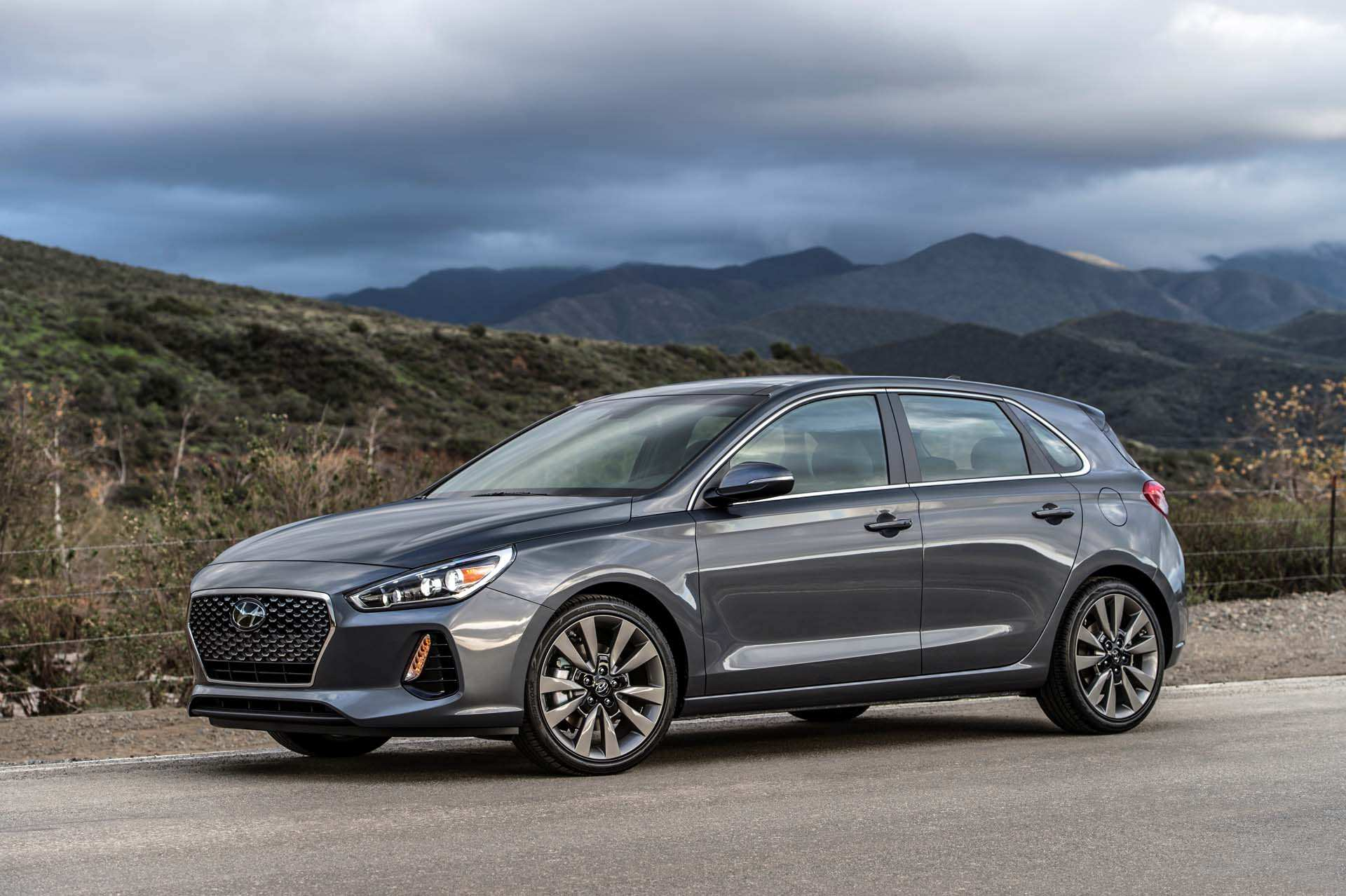 26 The 2020 Hyundai Elantra Gt Reviews