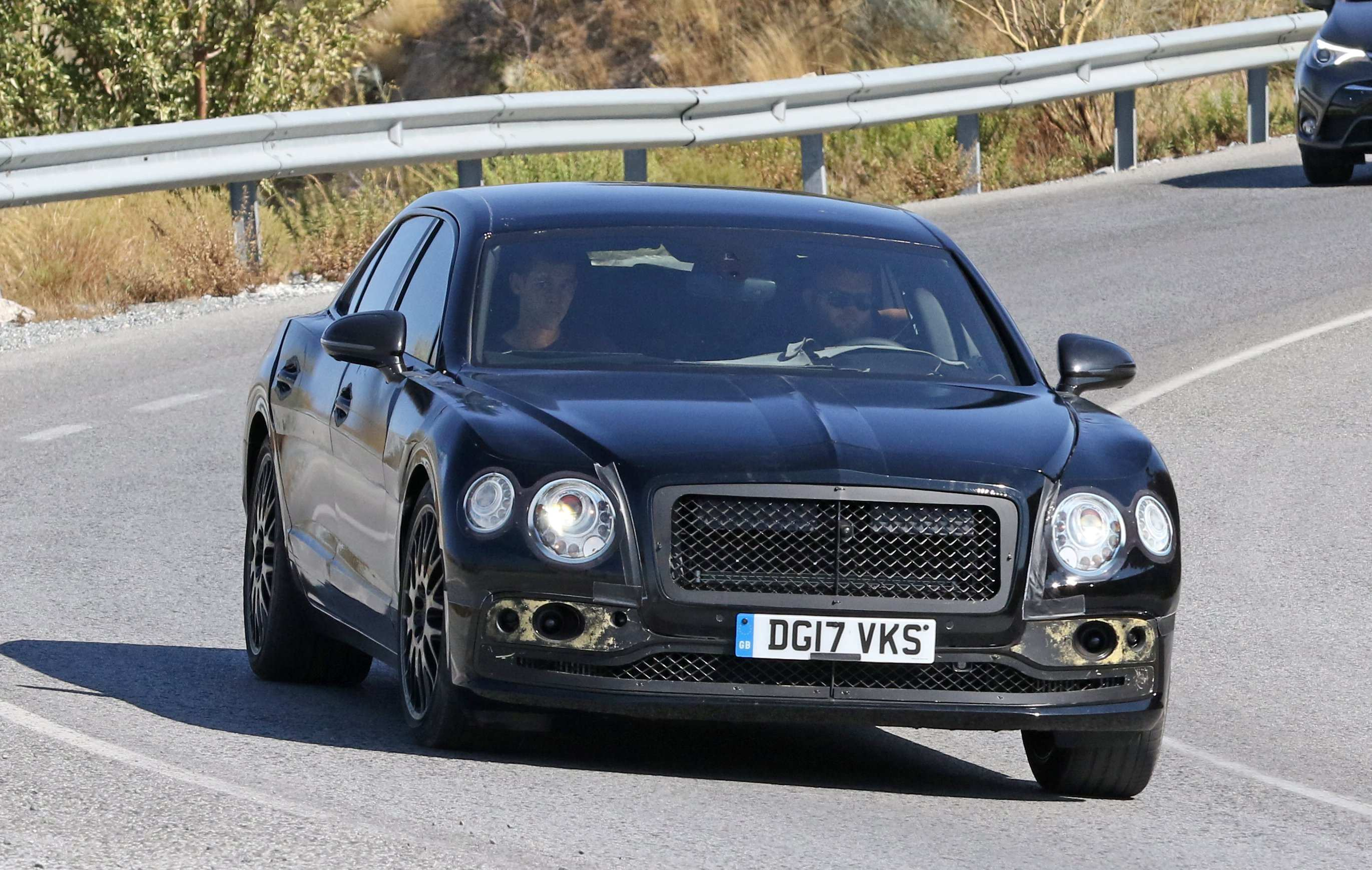 27 A 2019 Bentley Flying Spur Style