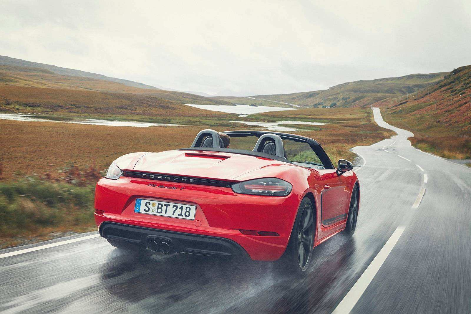 27 A 2019 Porsche Boxster S Photos