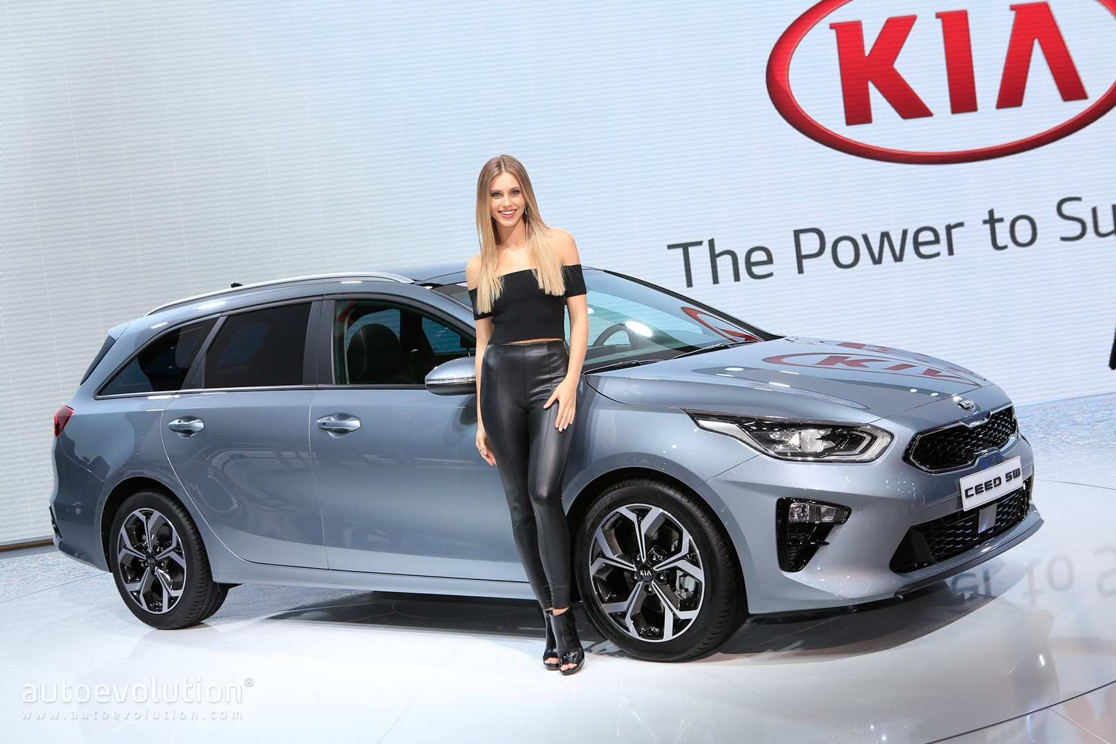 27 All New 2019 Kia Forte5 Hatchback Overview