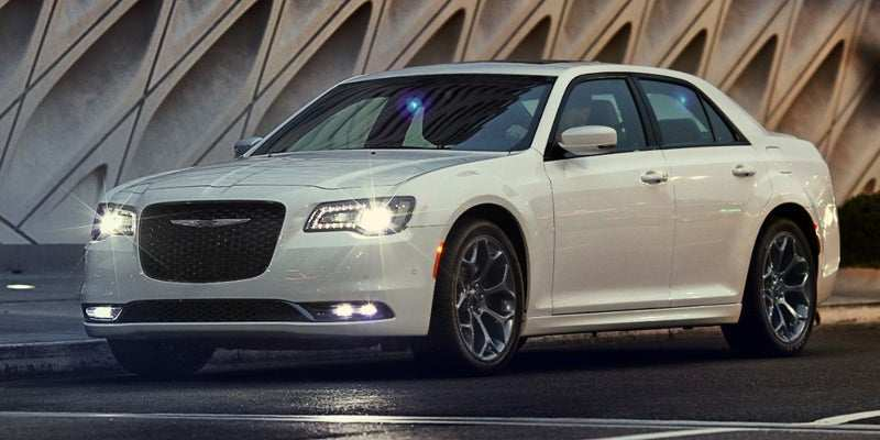 27 New 2019 Chrysler 300 Rumors