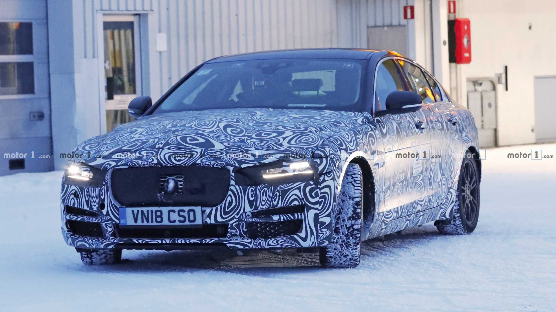 27 The 2020 Jaguar Xe Sedan Images