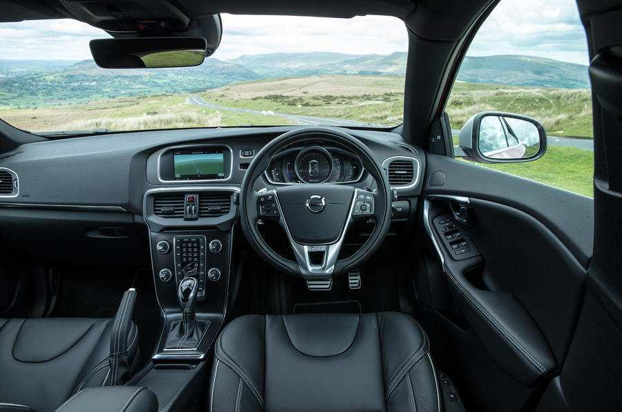 27 The Best Volvo V40 2019 Interior Spesification