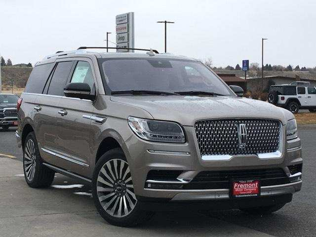 28 A 2019 Lincoln Navigator Redesign