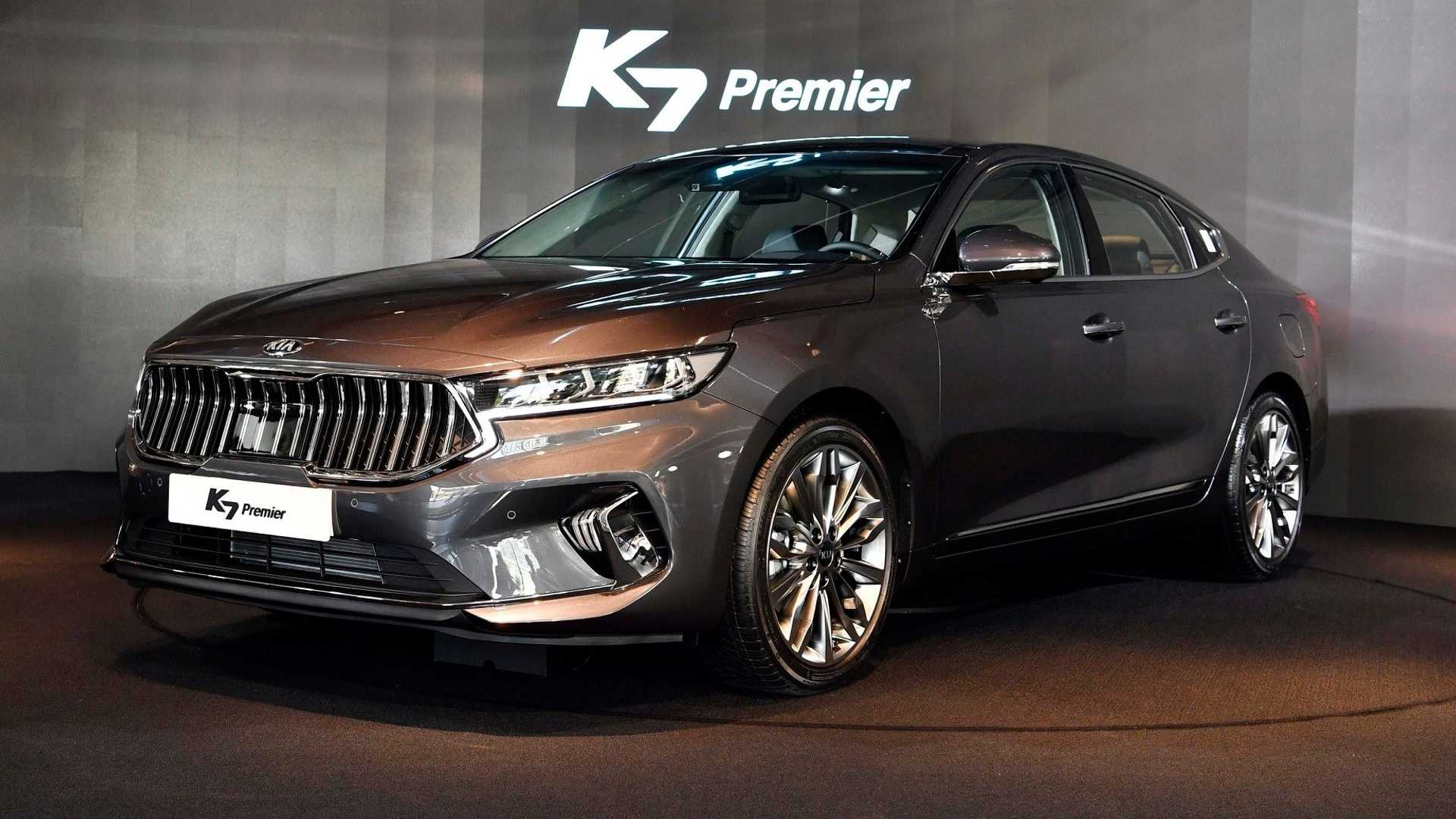 28 A 2020 All Kia Cadenza Research New