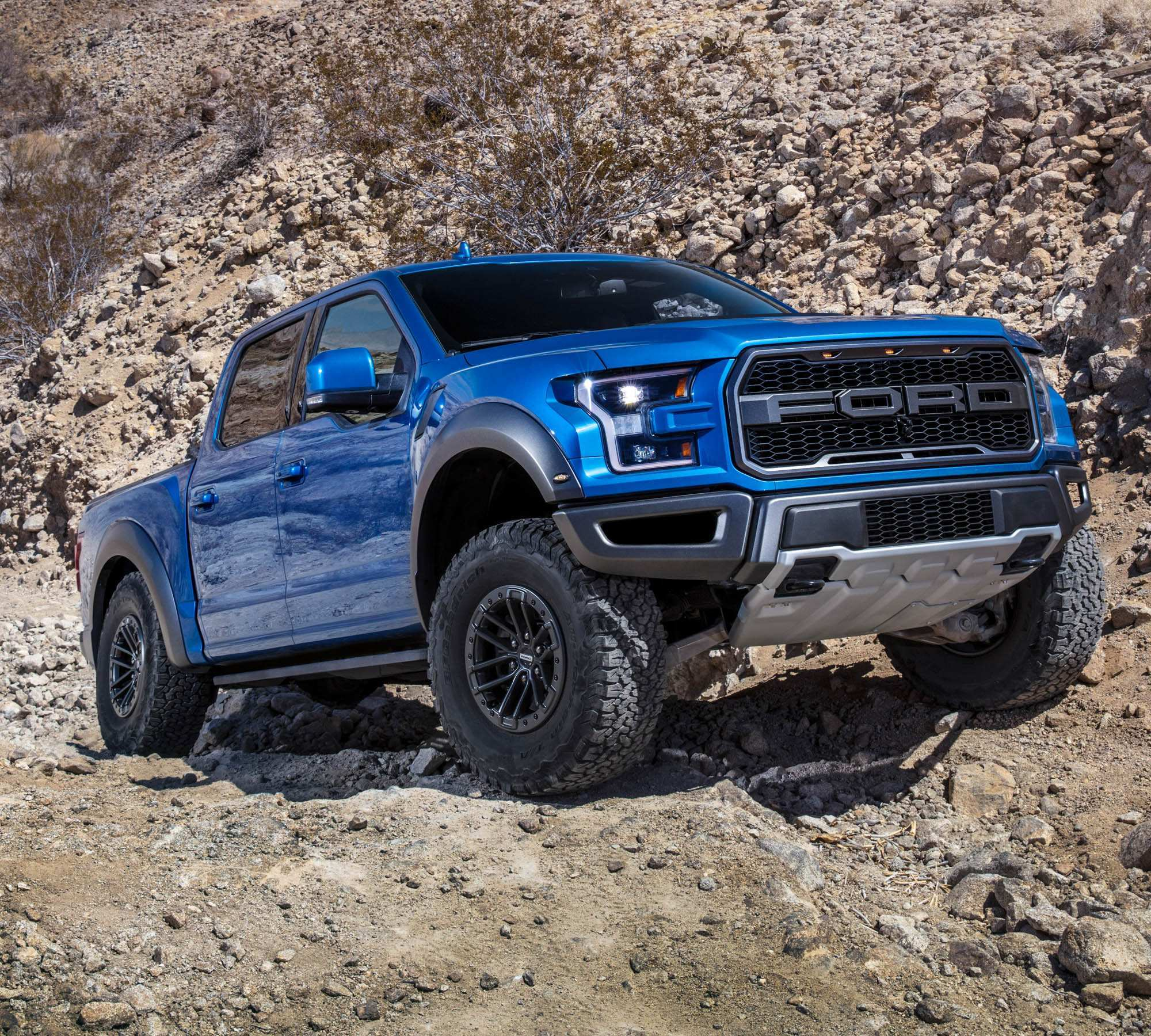 28 A 2020 Ford F150 Svt Raptor Price Design And Review