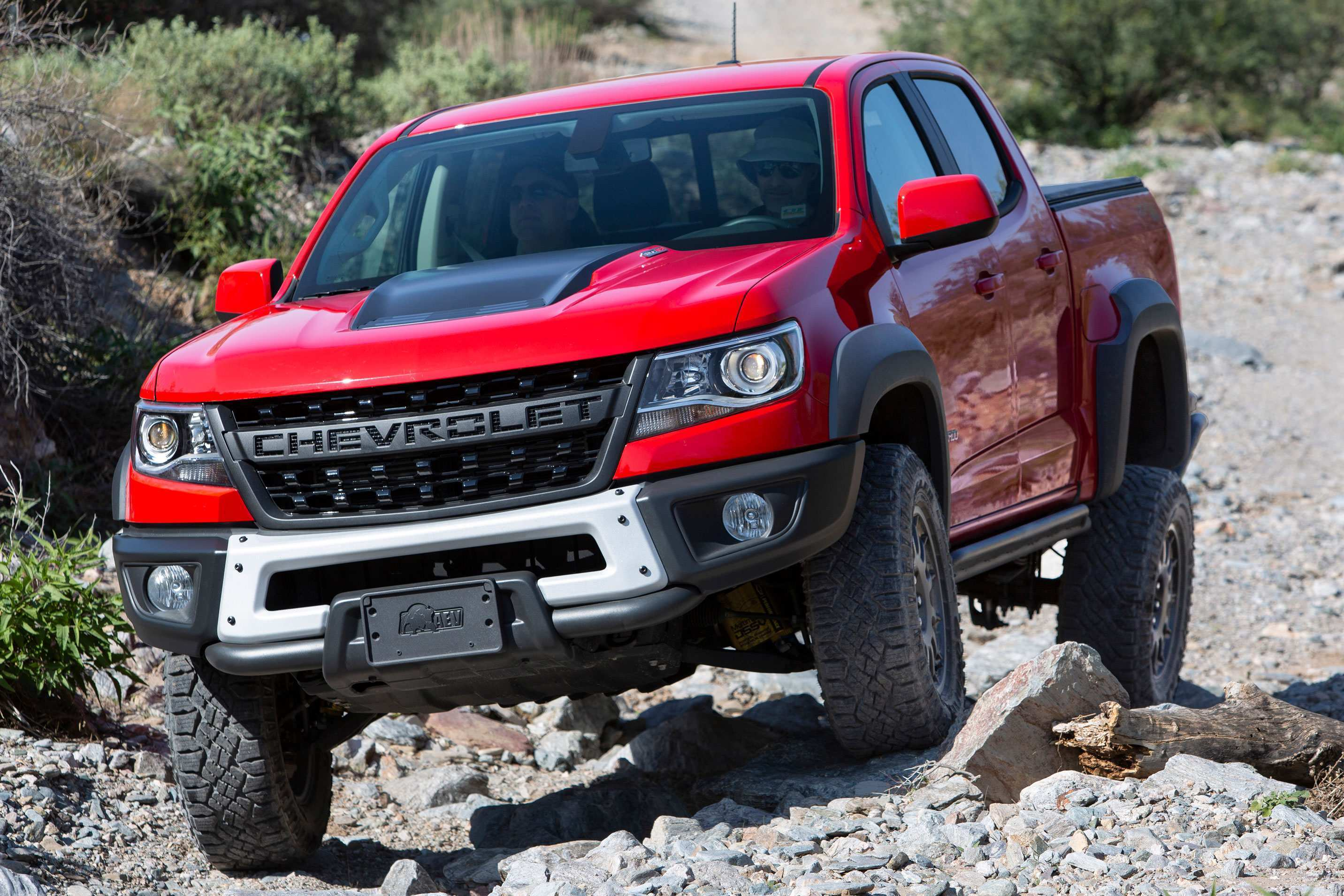 28 All New 2019 Chevy Colorado First Drive