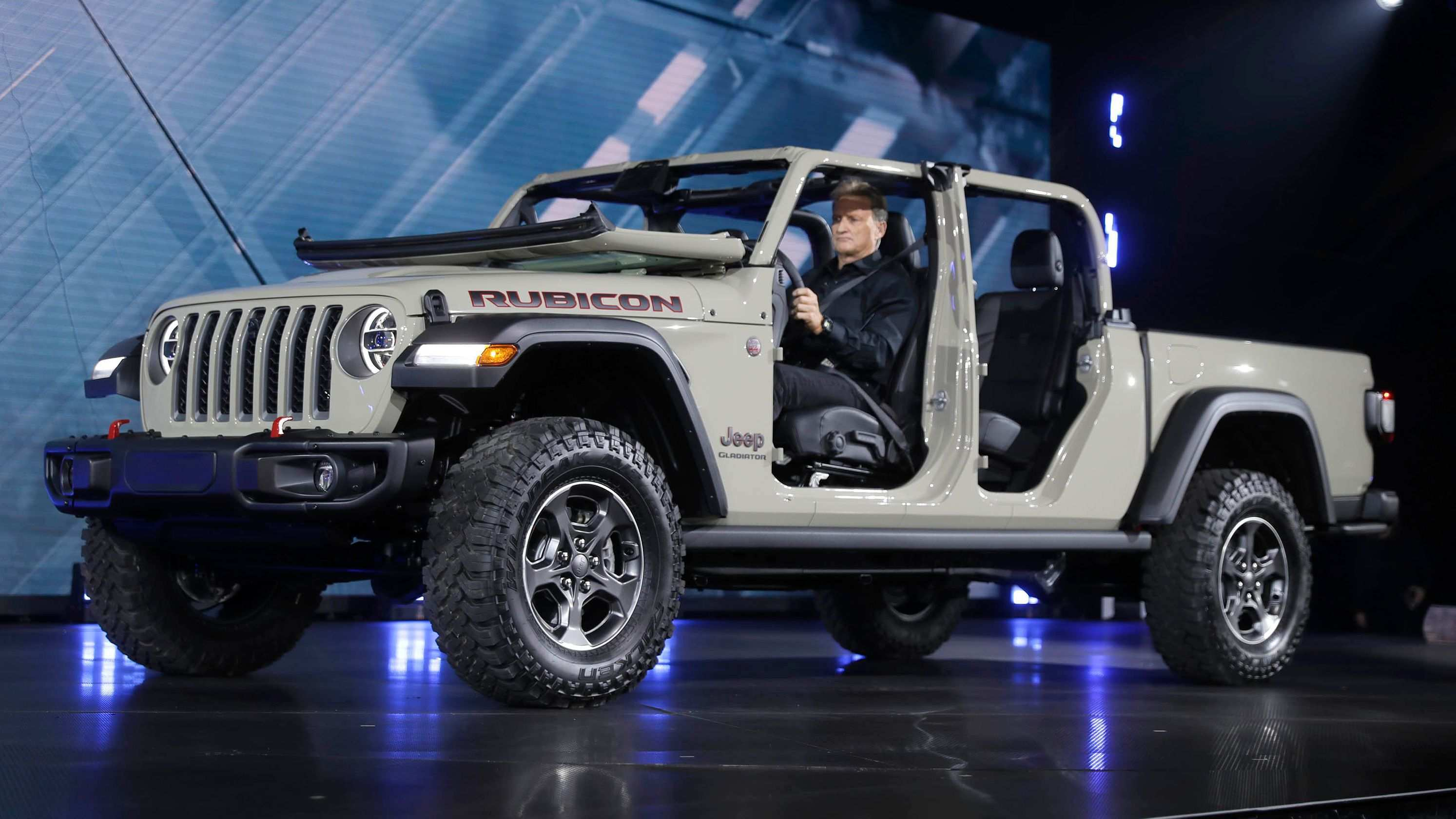28 All New 2020 Jeep Gladiator Overall Length Spy Shoot
