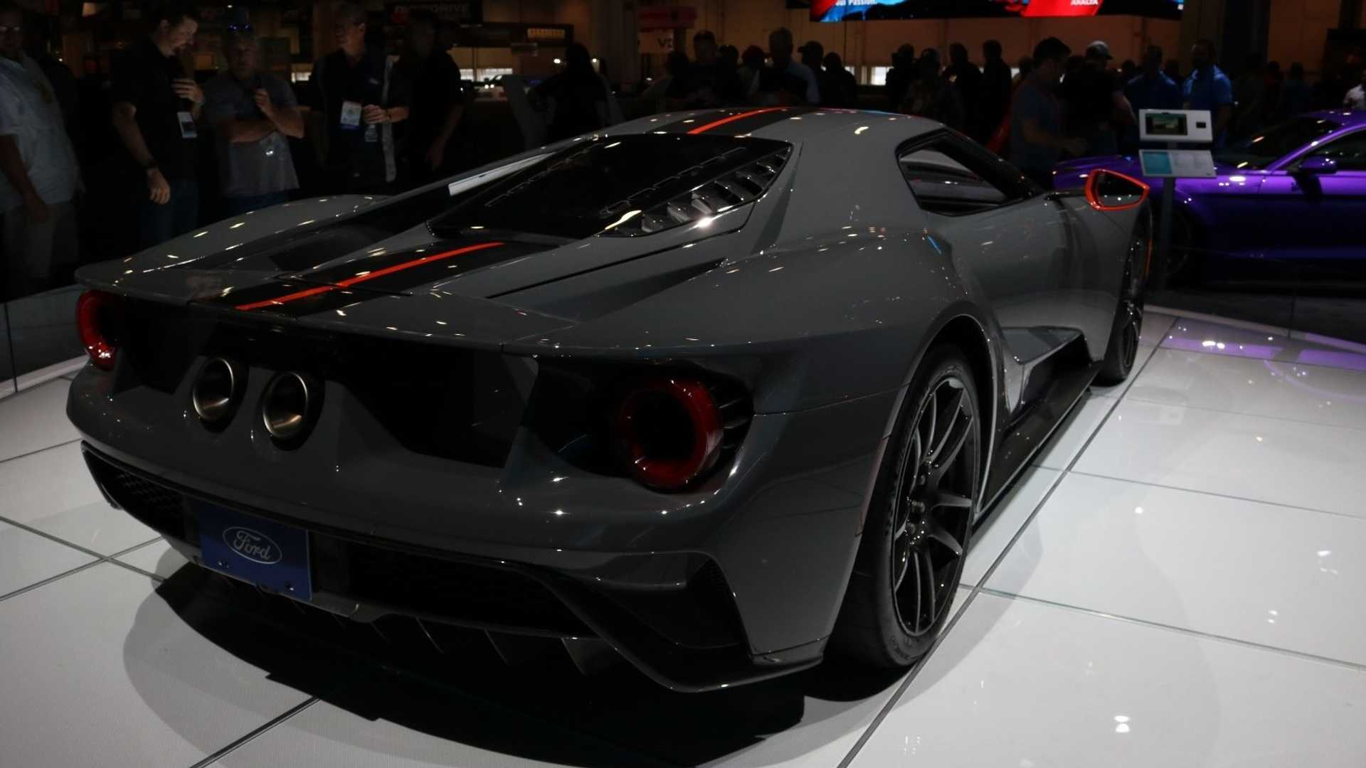 28 The 2019 Ford GT40 Pictures