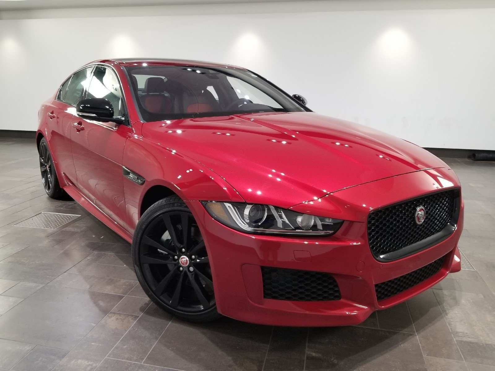 28 The 2019 Jaguar Xe Landmark Picture