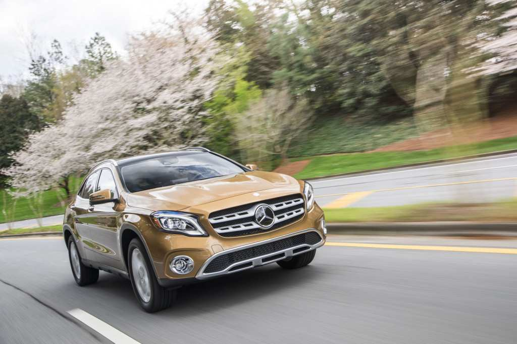 29 A 2019 Mercedes Benz Gla Picture