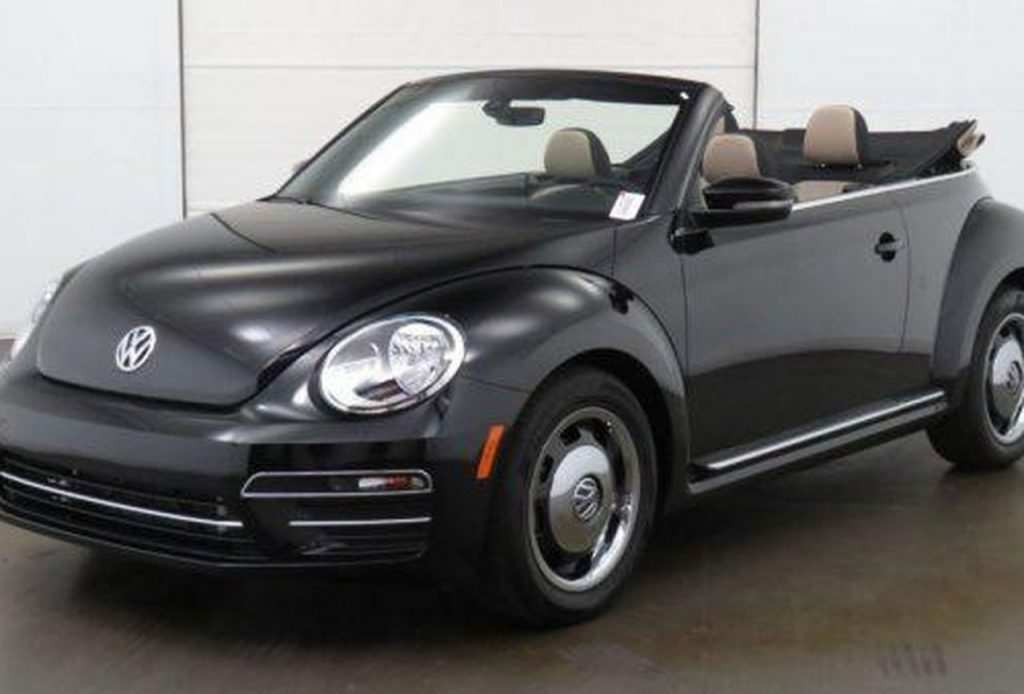 29 A 2020 Volkswagen Beetle Dune Reviews