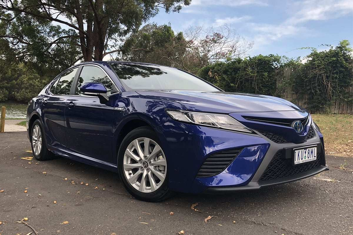 29 The 2019 Toyota Camry Se Hybrid Specs And Review