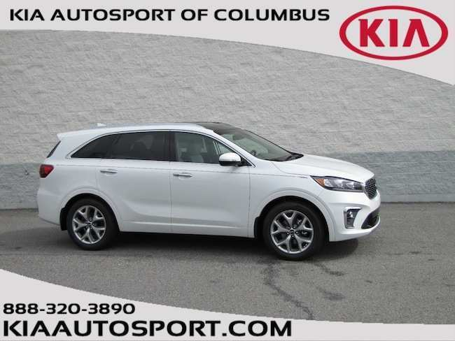 29 The Kia Sorento 2019 White Picture