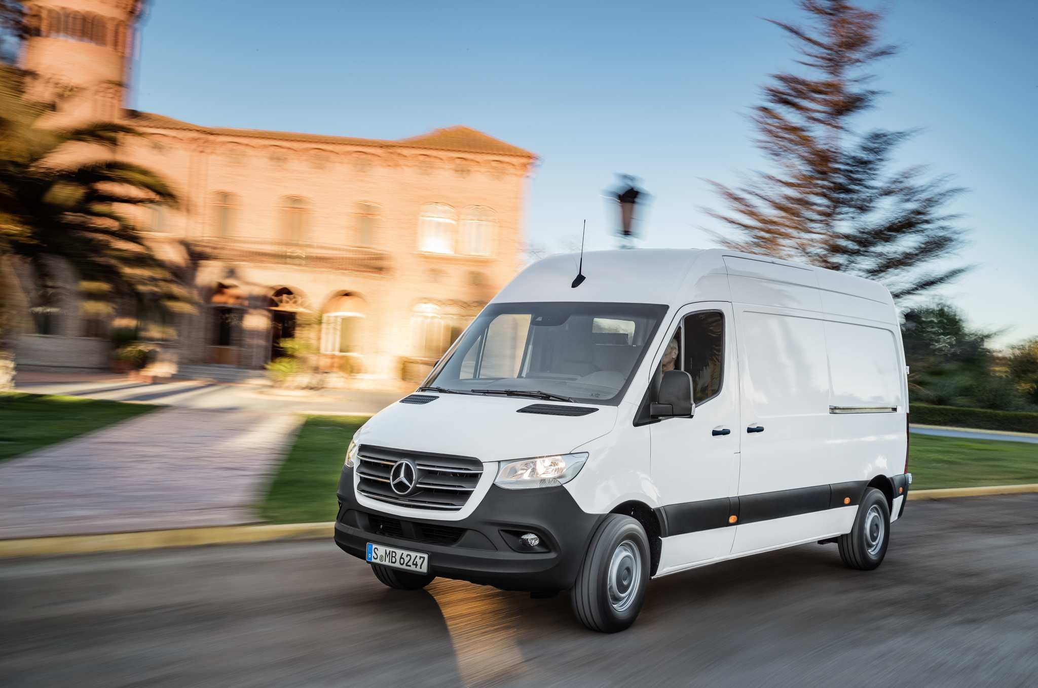 29 The Sprinter Mercedes 2019 Configurations