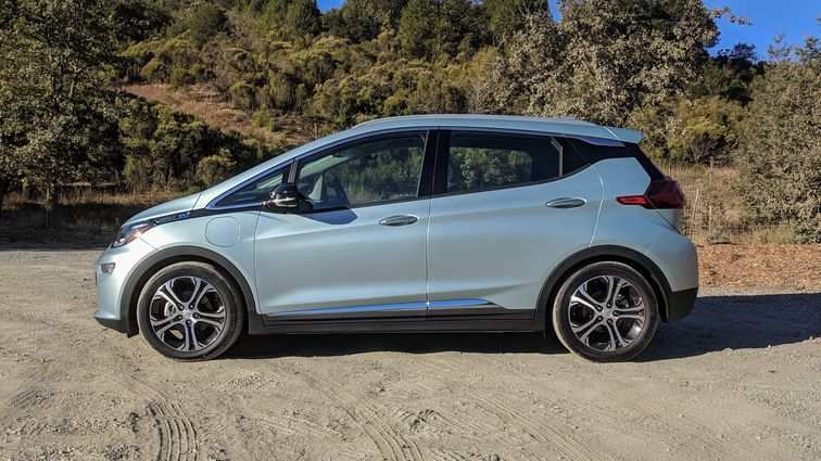 30 A 2019 Chevy Bolt Images