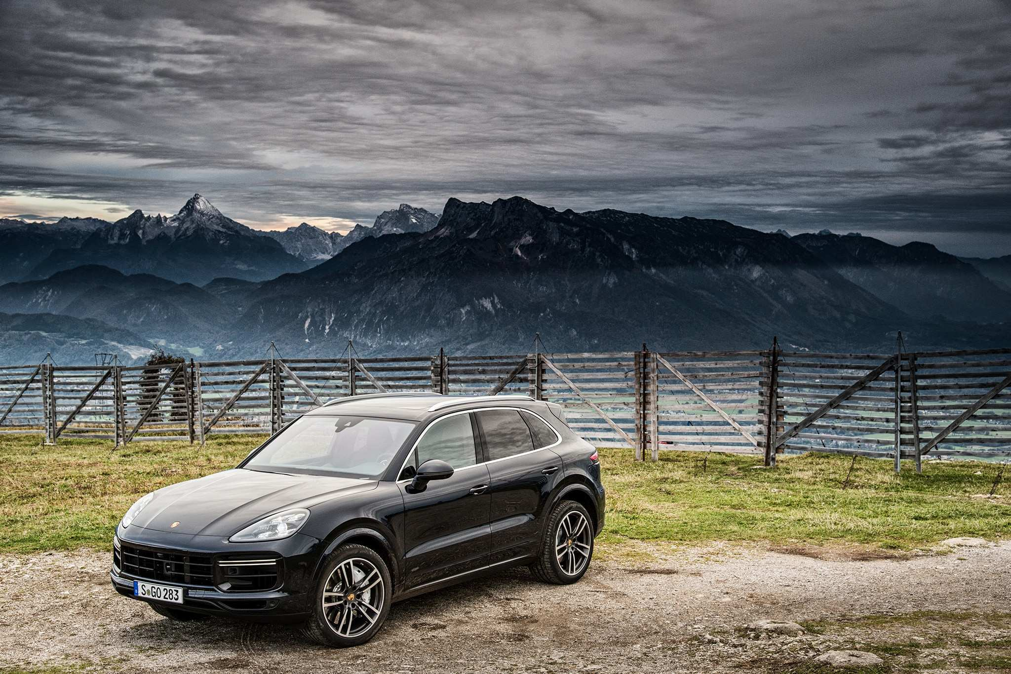 30 Best 2019 Porsche Cayenne Turbo S Picture