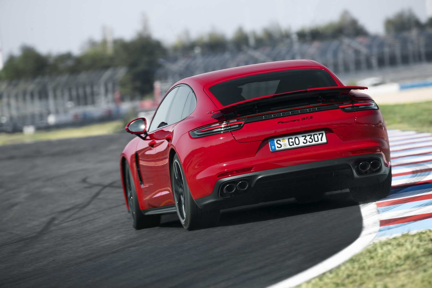 30 Best 2019 The Porsche Panamera Performance And New Engine