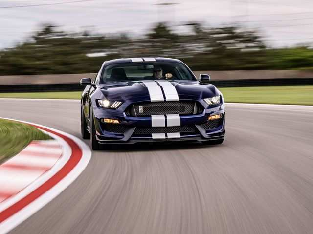30 The 2020 Ford GT350 Speed Test