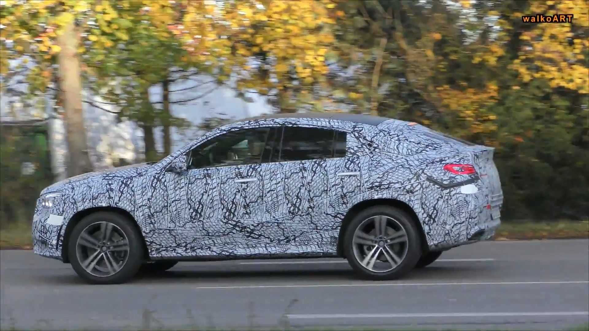 31 A 2020 Mercedes Gle Coupe Exterior And Interior