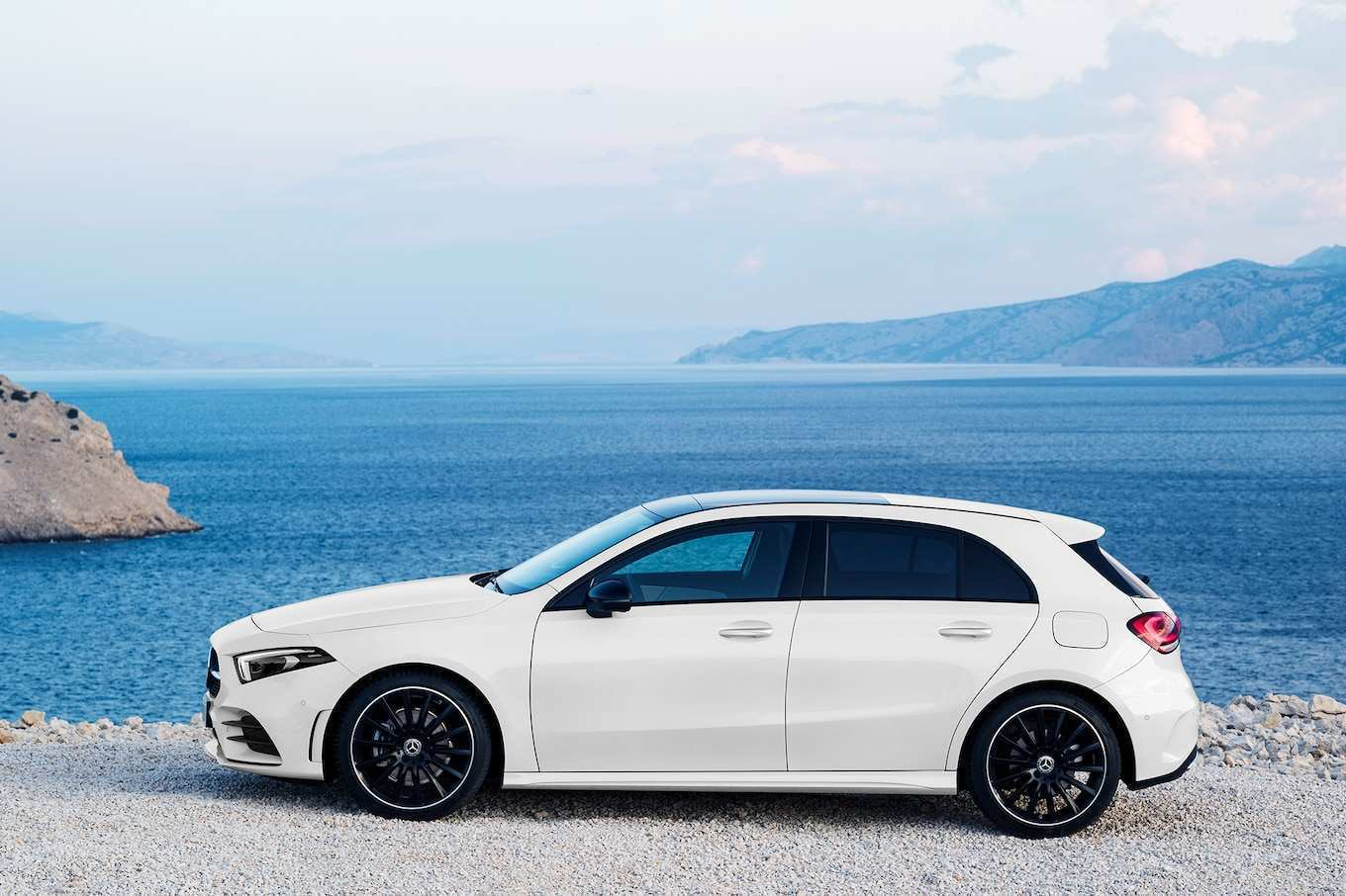 31 New 2019 Mercedes Hatchback Performance And New Engine