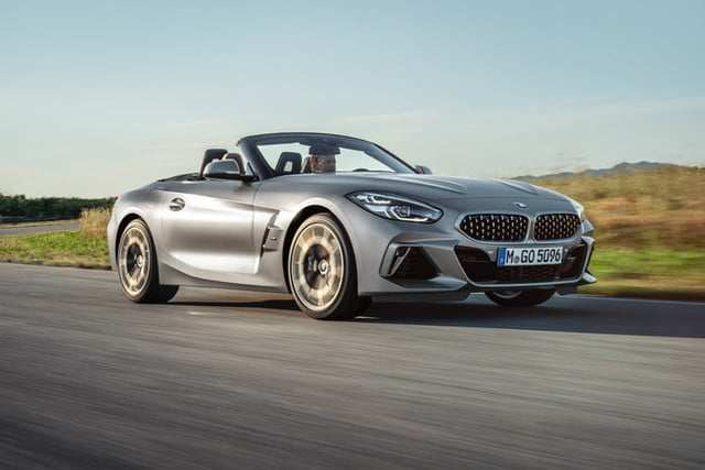 32 A 2020 BMW Z4 Pictures