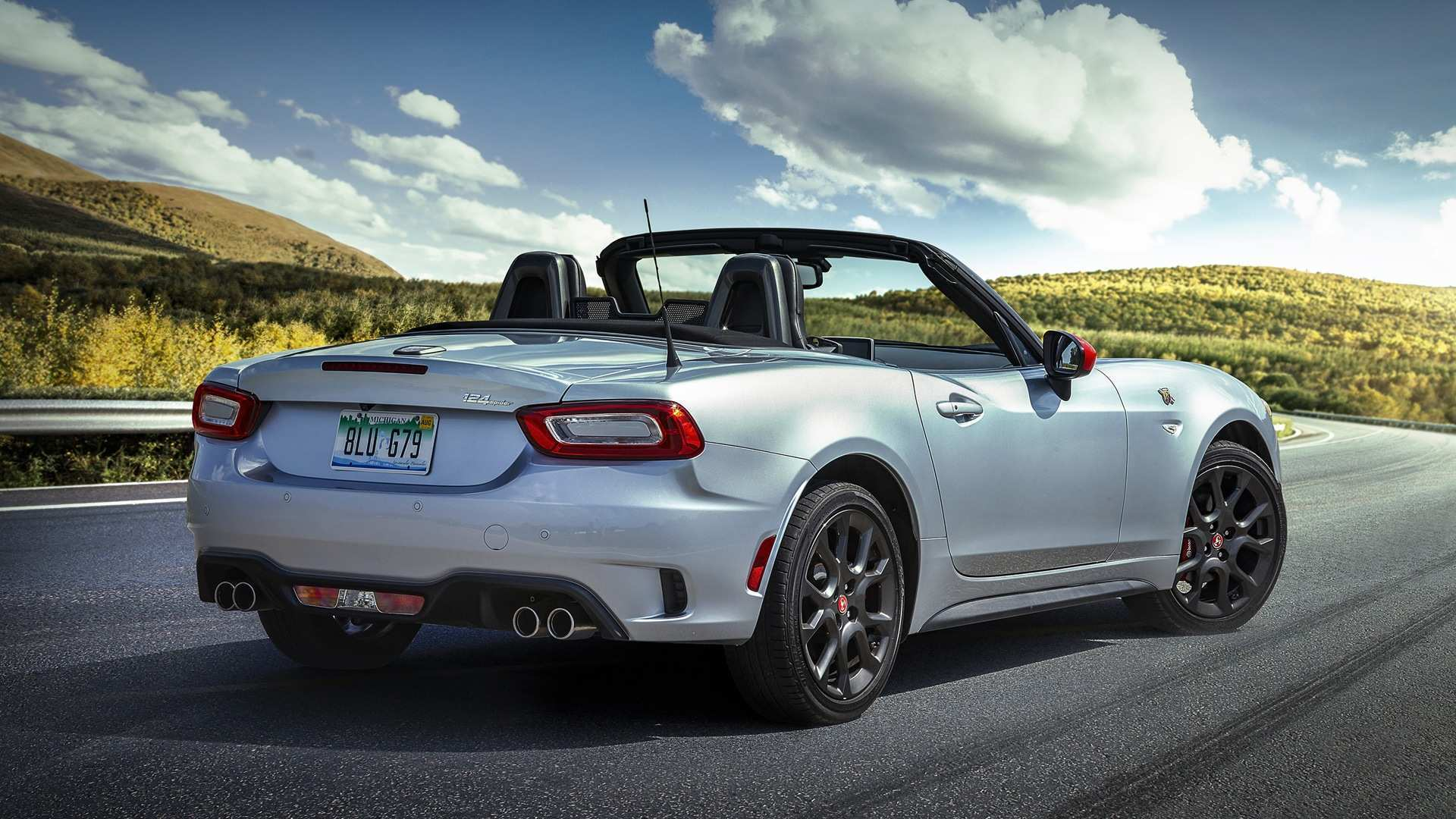 32 A 2020 Fiat Spider New Concept