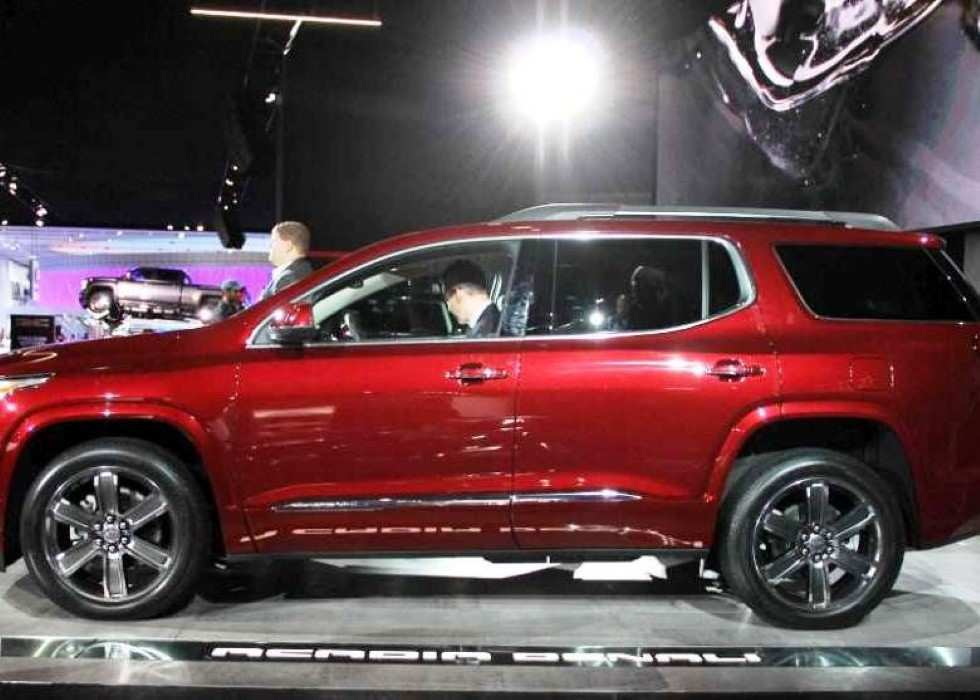 32 A 2020 Gmc Acadia Denali Concept And Review