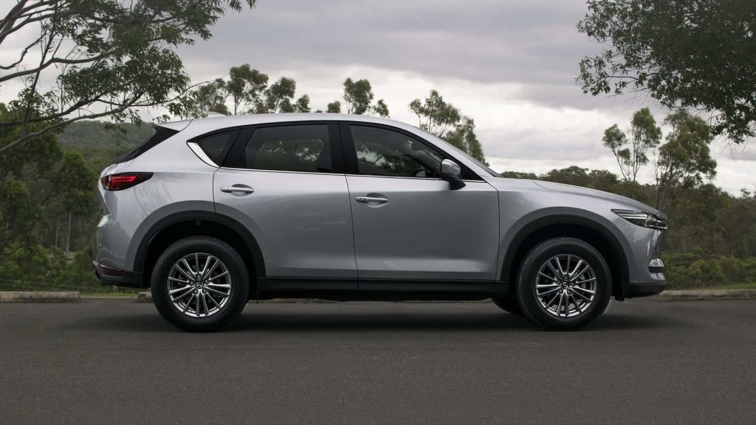 32 A 2020 Mazda Cx 5 Spy Shoot