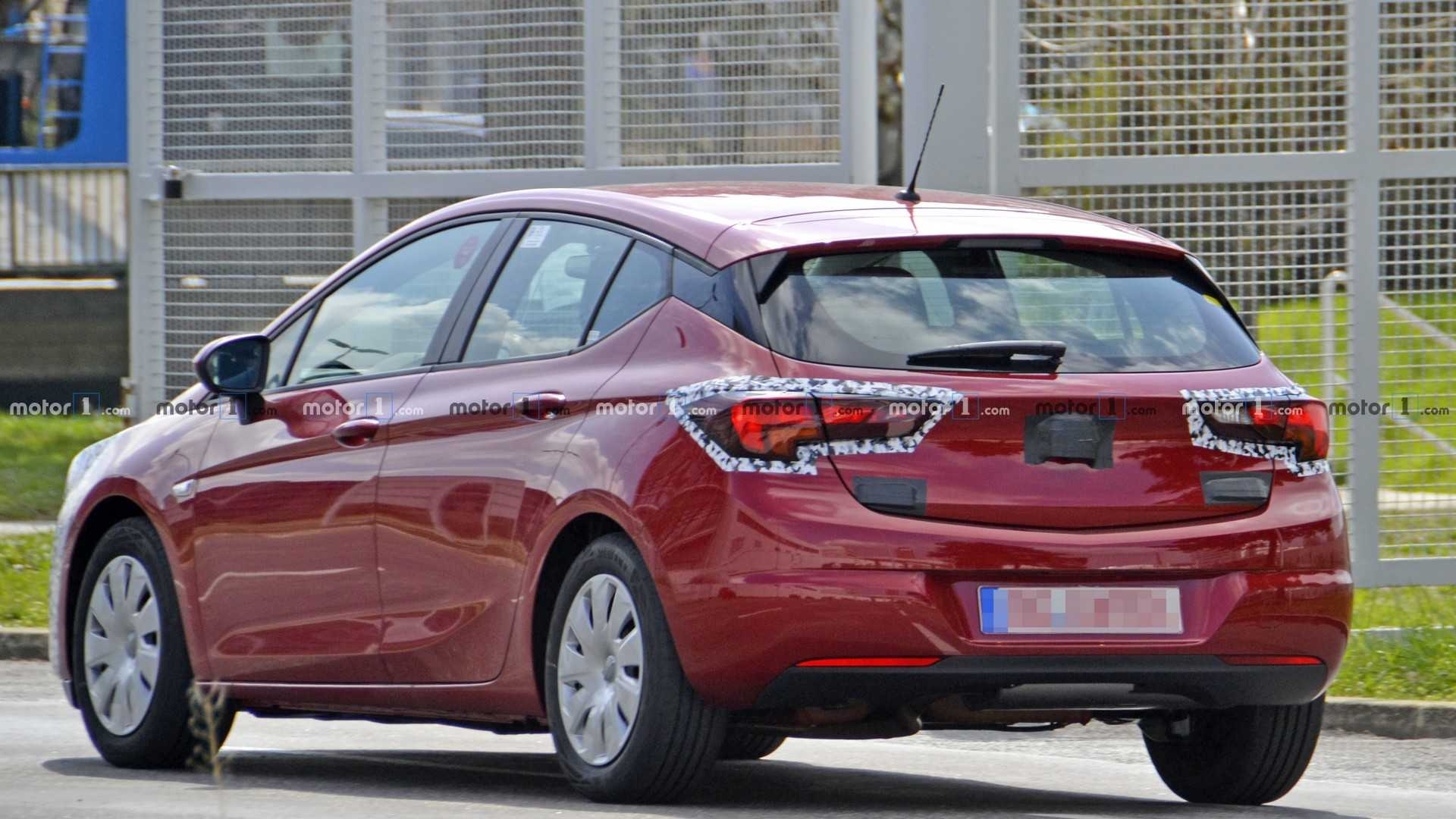 32 A 2020 New Opel Astra Spy Shoot