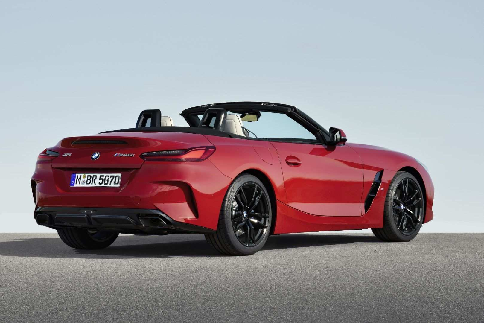 32 All New 2019 BMW Z4 M Roadster Style