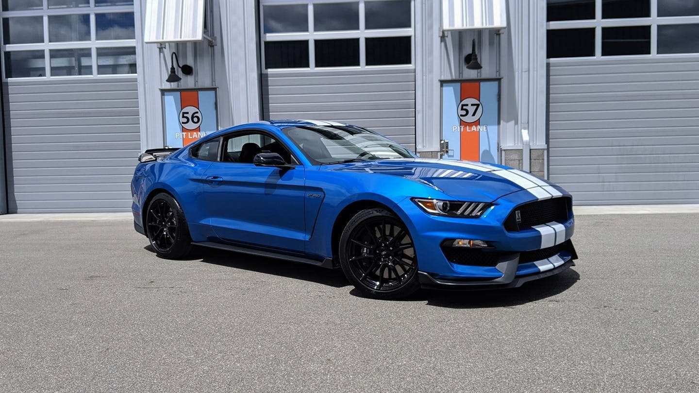32 The 2019 Ford GT350 New Model And Performance