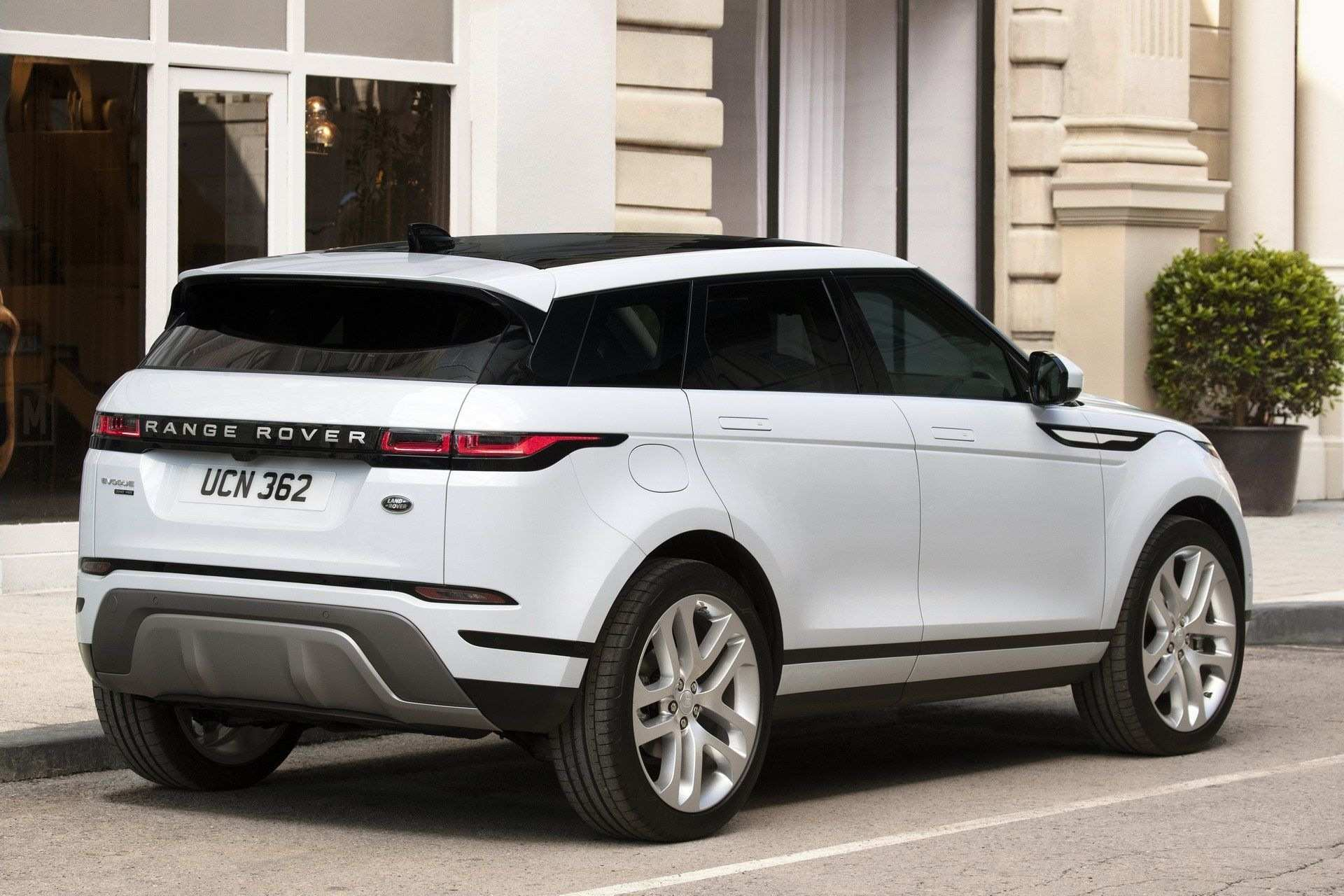 33 A 2020 Range Rover Evoque Xl Ratings