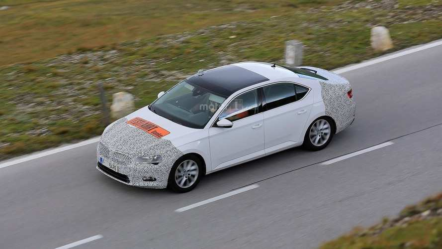 33 All New Spy Shots Skoda Superb Speed Test