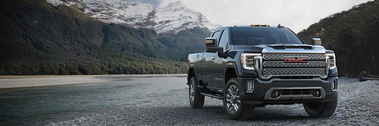 33 The 2020 GMC 2500 New Body Style Spy Shoot