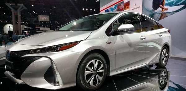 33 The 2020 Toyota PriusPictures Price And Release Date