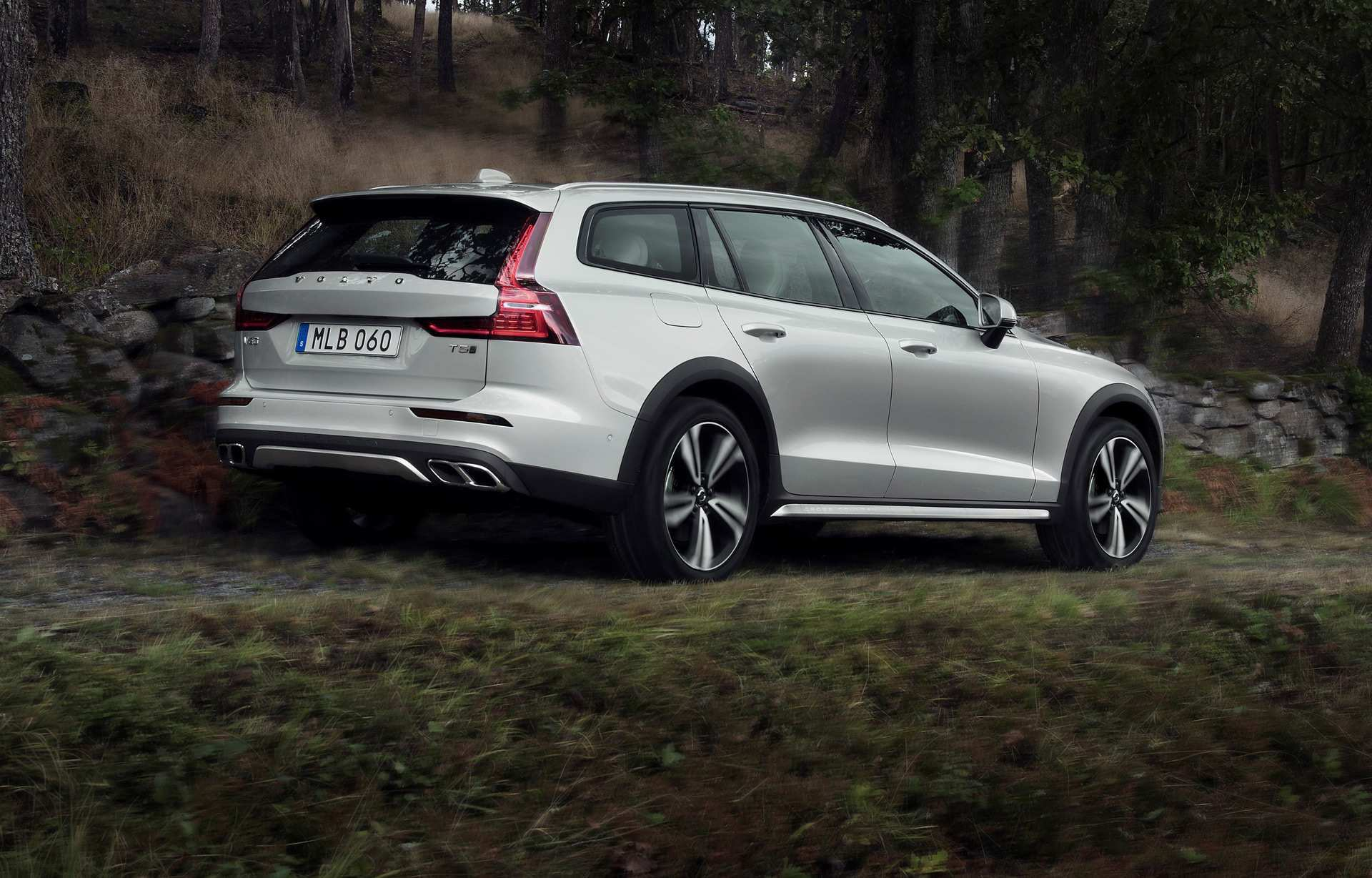 33 The Volvo 2019 V60 Cross Country Price