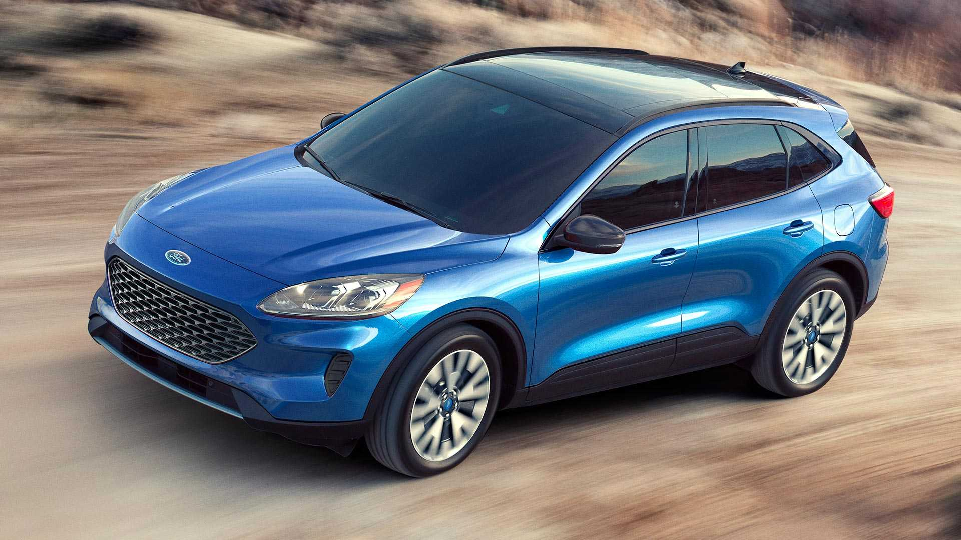 34 A Ford Hybrid Escape 2020 Spy Shoot