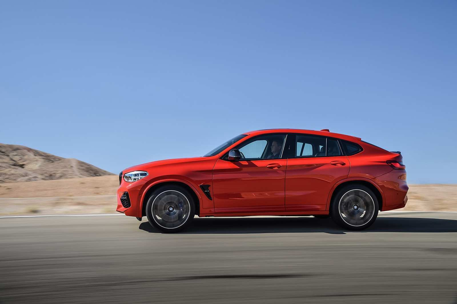 34 All New BMW X4 2020 Exterior