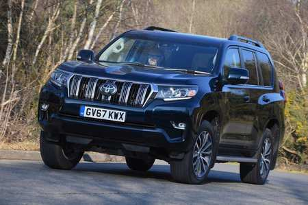 34 The 2019 Toyota Land Cruiser Pictures