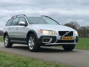 34 The 2020 All Volvo Xc70 Performance And New Engine