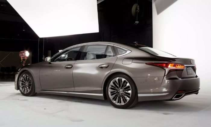 34 The 2020 Lexus LS Performance