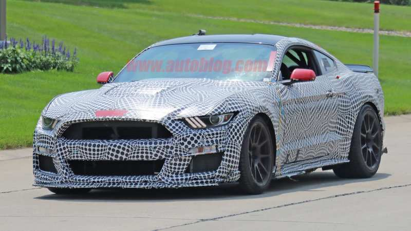 34 The Best 2019 The Spy Shots Ford Mustang Svt Gt 500 Performance And New Engine