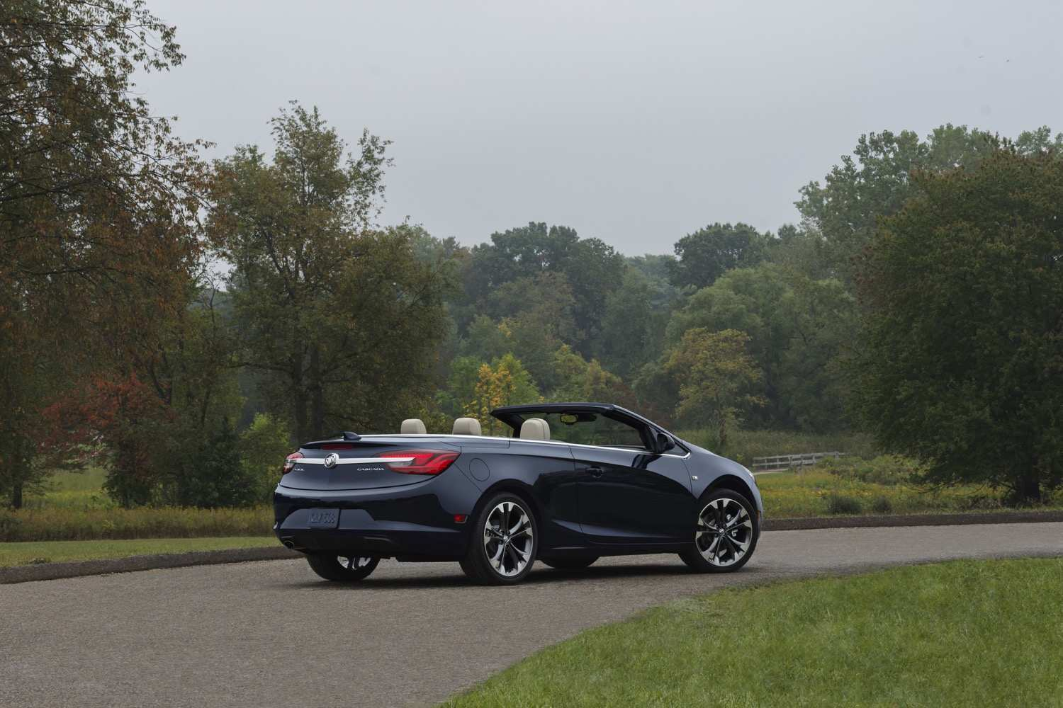34 The Buick Cascada 2020 New Concept