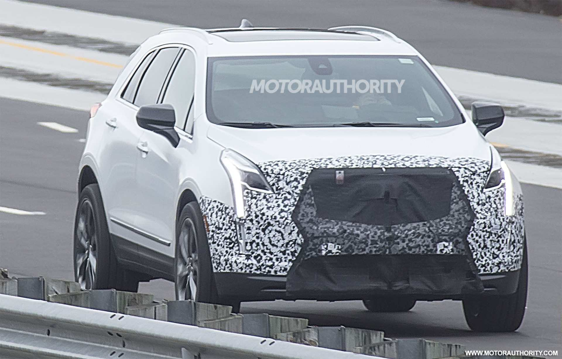 35 A 2019 Spy Shots Cadillac Xt5 Redesign And Concept