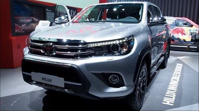 35 A 2019 Toyota Hilux Spy Shots Model