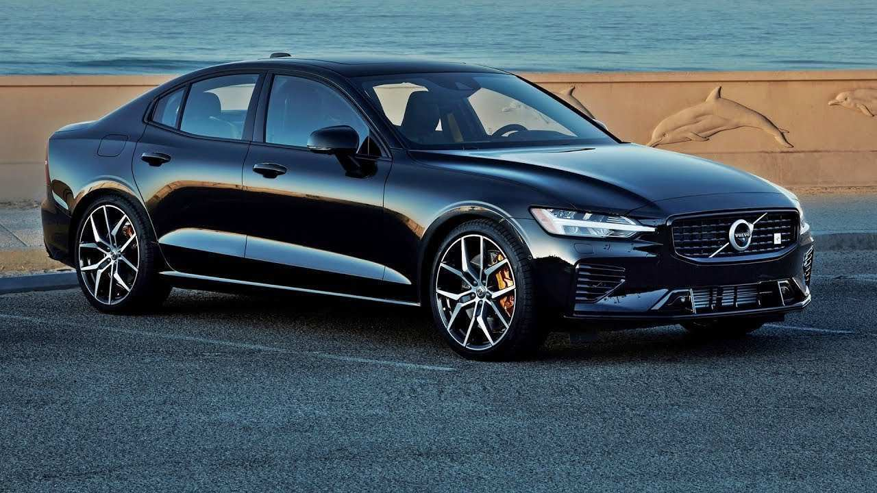 35 A Volvo S60 2019 Spy Shoot