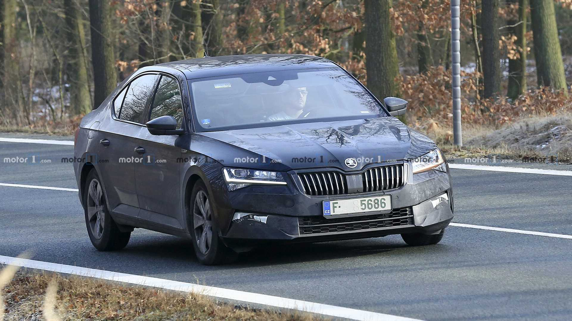 35 Best 2019 The Spy Shots Skoda Superb Picture